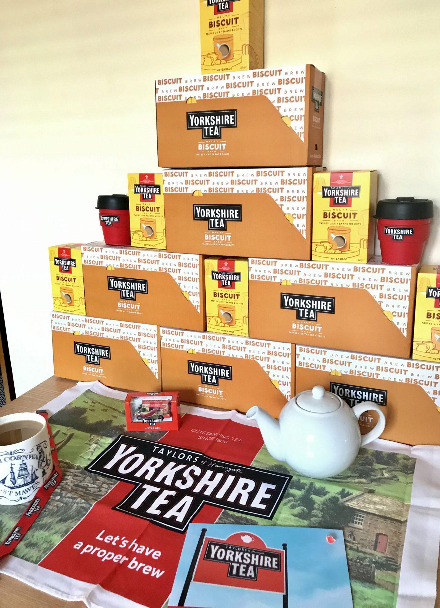 Yorkshire Tea Biscuit Brew Wall Shot Get Lippie 20190716